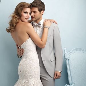 Allure 9215 Wedding Dress